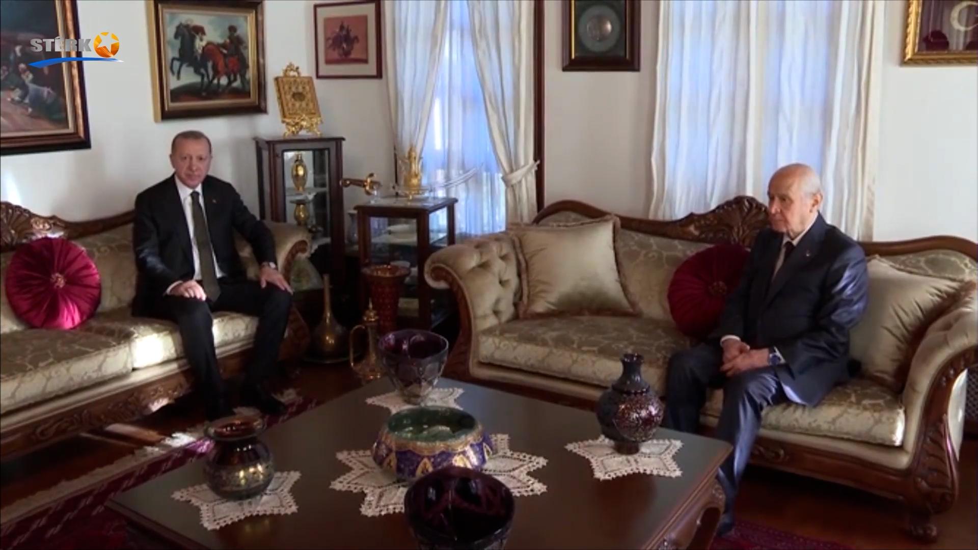 Li dijî Kurdan êrişên nijadperestan: Êrişkar ji aliyê dewletê ve tên parastin